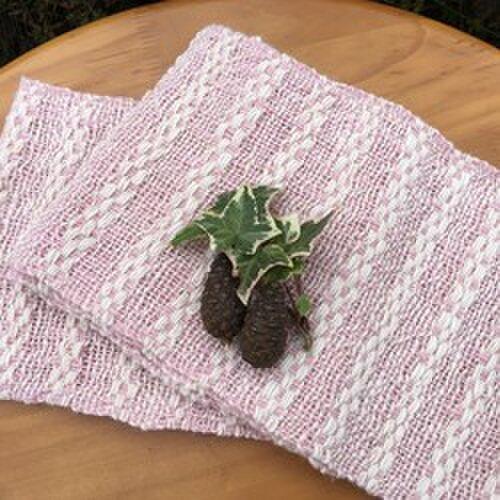 【畑からの優しい贈り物】 手紡ぎオーガニック和綿ラック染マフラーの画像1枚目