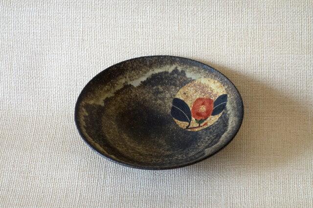 金銀彩椿紋鉢の画像1枚目