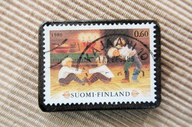 フィンランド クリスマス切手ブローチ5734の画像1枚目