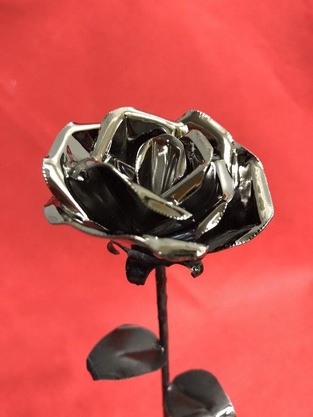咲くー金属の花 (ブラック)の画像1枚目