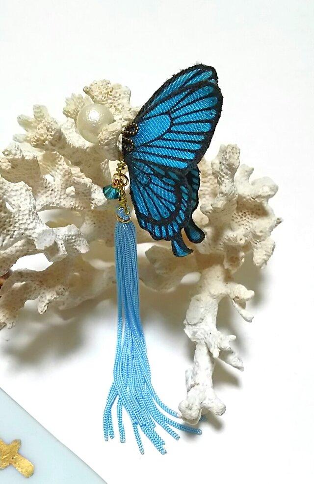 蝶のピアス (小) アゲハの画像1枚目