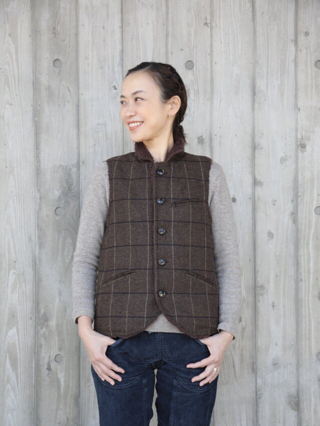 oyajisan boa RV vest / dark brown plaidの画像1枚目