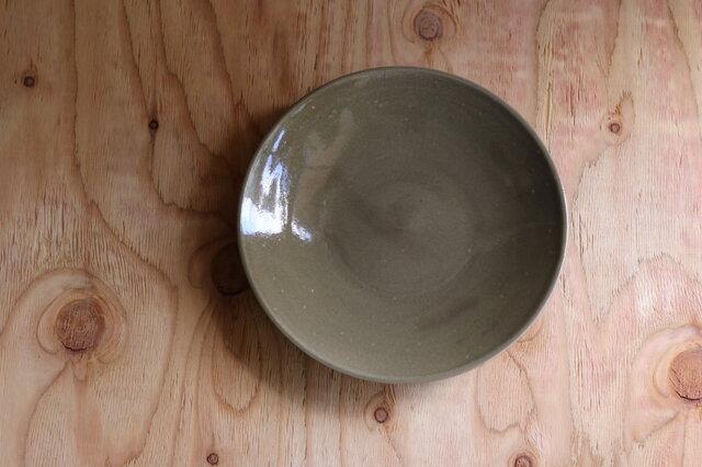 シンプルな丸皿 グレージュ 8寸26cmの画像1枚目