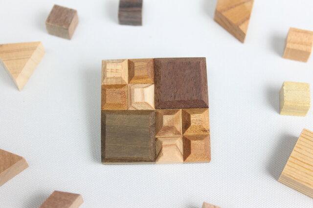 【新作】Wood Crystal スクエアブローチの画像1枚目