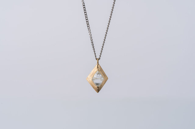 Gazzara ダイヤモンド原石ペンダントの画像1枚目