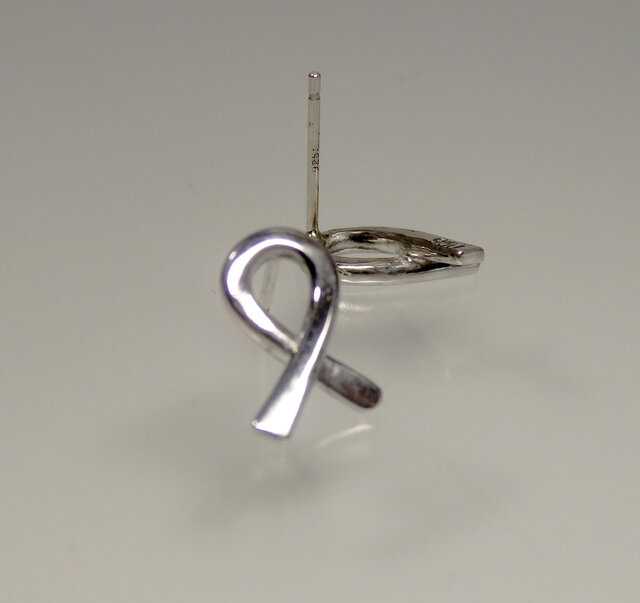 Silver Twist Earringsの画像1枚目