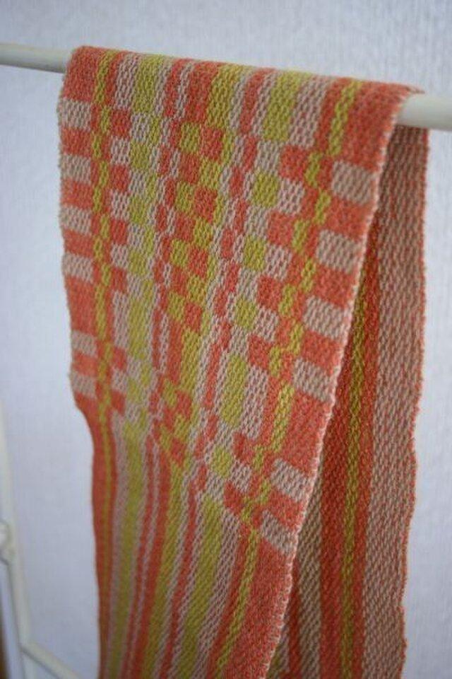 昼夜織り・草木染マフラー(オレンジ・黄緑)の画像1枚目