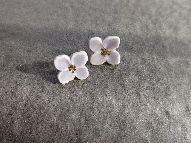 小さい花のpieace/earring (ラベンダー)の画像1枚目