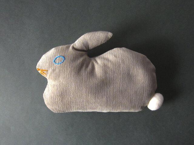 """ Stickitten""  rabbit loaf コーデュロイ / ベージュの画像1枚目"