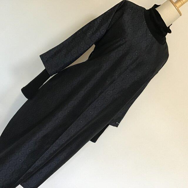 0105   着物リメイク M寸法の七分袖コクーンワンピース    大島紬の画像1枚目