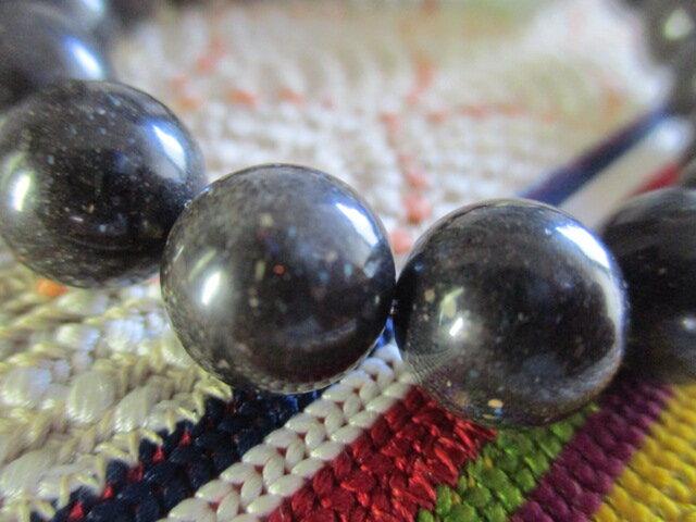 再販無し 1点限りブラックマトリックスオパールと最大級19mmの龍珠:ミャンマー翡翠のブレスレットの画像1枚目