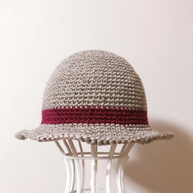ニットのお帽子の画像1枚目