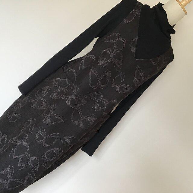 0117    着物リメイク Vネックジャンバースカート     十日町紬  M~L寸法の画像1枚目