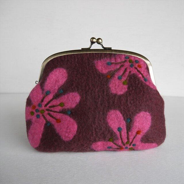 レトロな花柄のフェルトがまぐち ピンク*受注制作*の画像1枚目