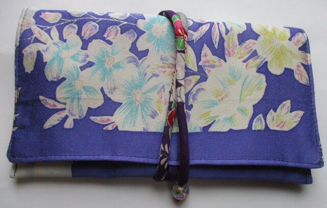 4659 花柄の振袖で作った財布・ポーチ #送料無料の画像1枚目