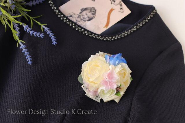 結婚式・卒業式・入学式に♡ラナンキュラスと桜パールのコサージュ 卒園式 入園式 ママコーデの画像1枚目