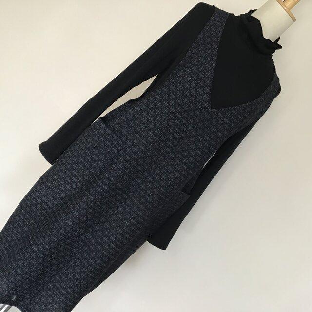 0127    着物リメイク 2L~3L寸法 Vネックジャンバースカート   真綿紬 の画像1枚目