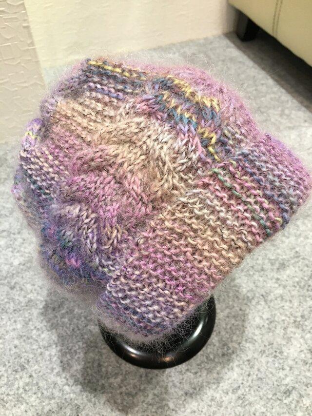 手編みケ-ブル模様のニット帽子の画像1枚目