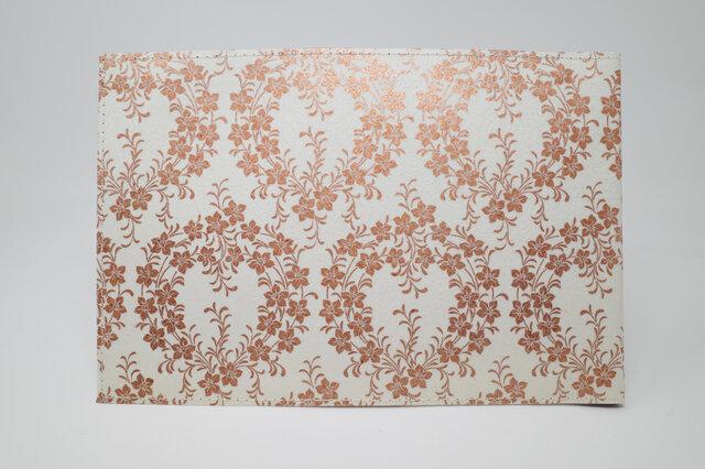 ギルディング和紙ブックカバー 桔梗 白地 銅箔の画像1枚目