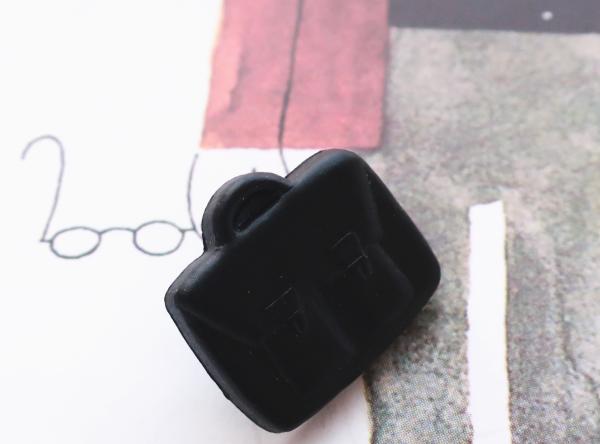 (3個) 黒いかばんのボタン フランス製の画像1枚目