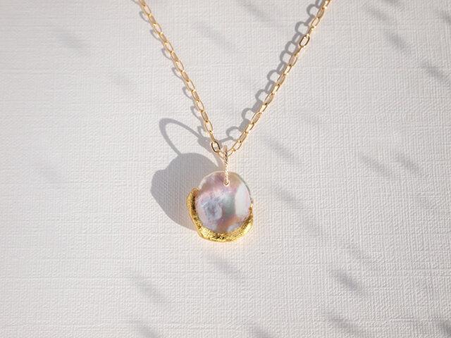 金箔と花びらパールのネックレス/Pearl Rose Petal の画像1枚目