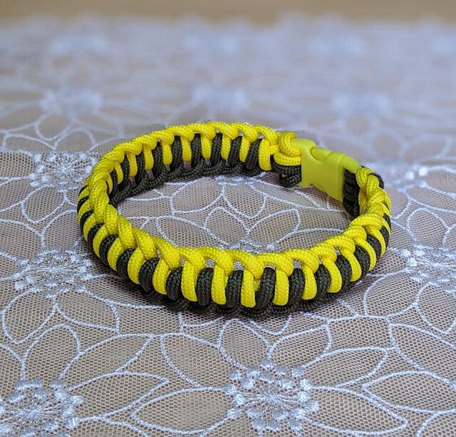 猫ちゃん&小型犬用 バックルタイプの首輪 (内径21.5cm)の画像1枚目