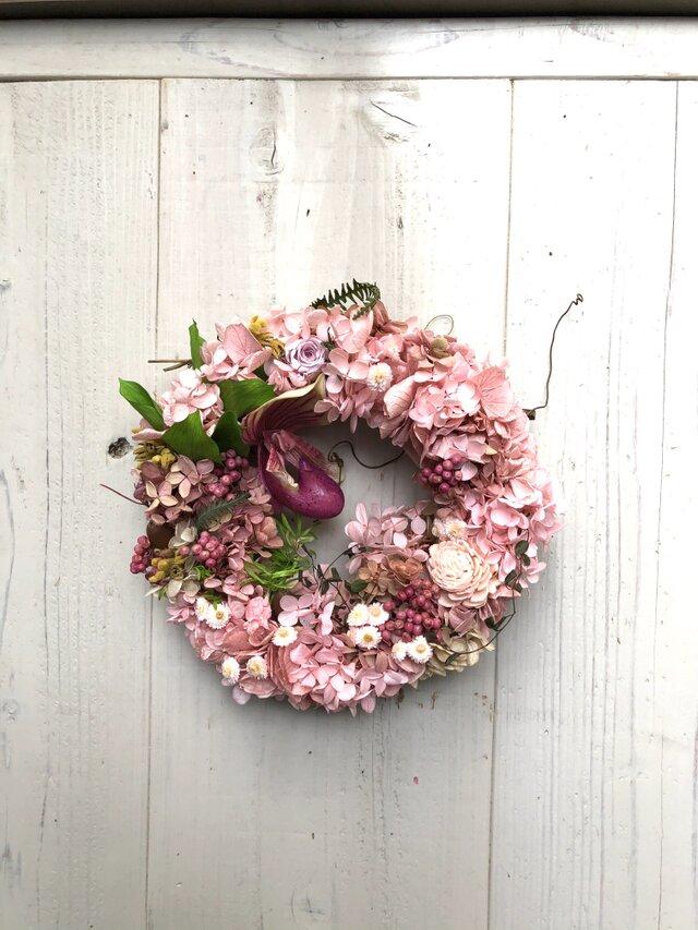 春のプリザーブドフラワー&ドライフラワー&アーティフィシャルフラワーのリース・ピンクの画像1枚目