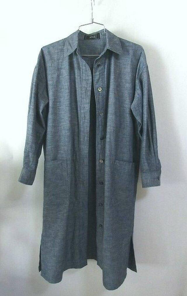 オーガニック木綿・インディゴ染めのロング丈のシャツの画像1枚目