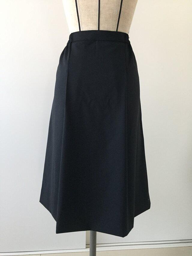 ウールのプリーツスカートの画像1枚目