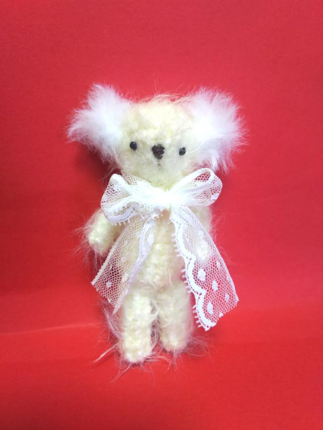 編みぐるみ 白クマさんの画像1枚目