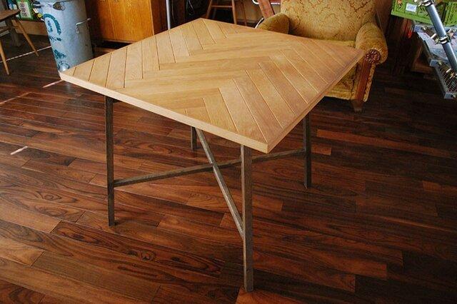 ヘリンボーンのテーブル天板【サイズ:W1811mm×D506mm×T27+30mm】の画像1枚目