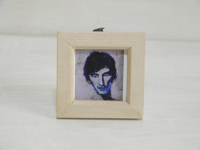 小さな正方形絵画「裸の男(顔部分)」壁掛け/写真たて(棒タイプ)Cの画像1枚目