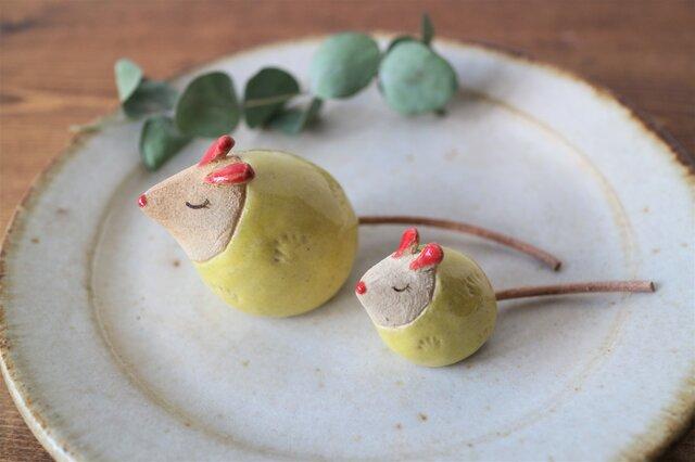 ネズミの置物 ( ちび・黄色)の画像1枚目