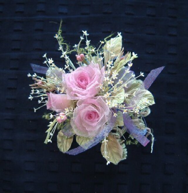 ミニ薔薇の花束 モダンピンク*シルクオーガンジー製*コサージュの画像1枚目
