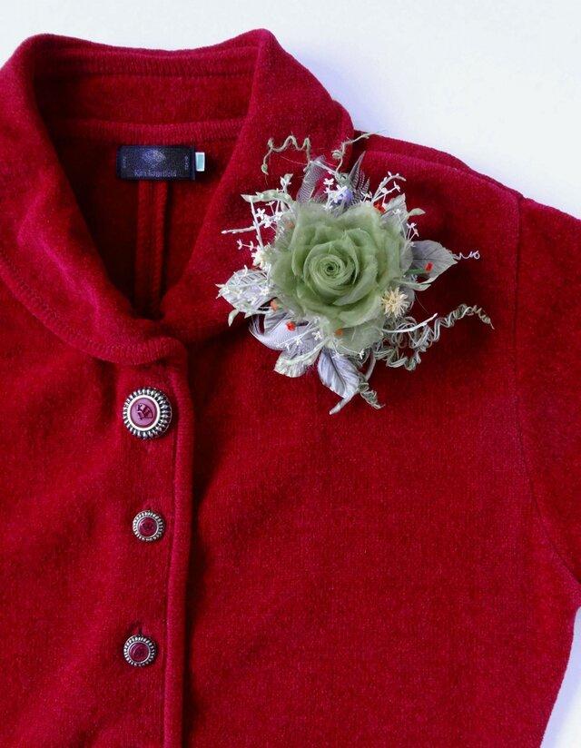 カーニバルの巻き薔薇 * シルクオーガンジー製 * コサージュの画像1枚目