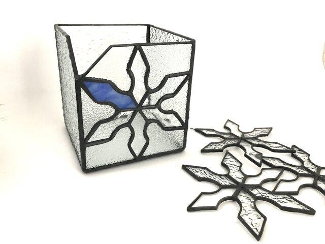 ステンドグラス 雪の結晶のBOXとサンキャッチャーの画像1枚目