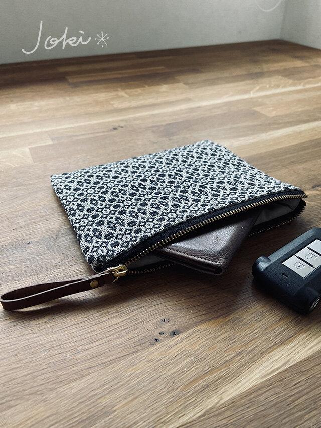 pouch[手織り小さめポーチ]ブラックの画像1枚目