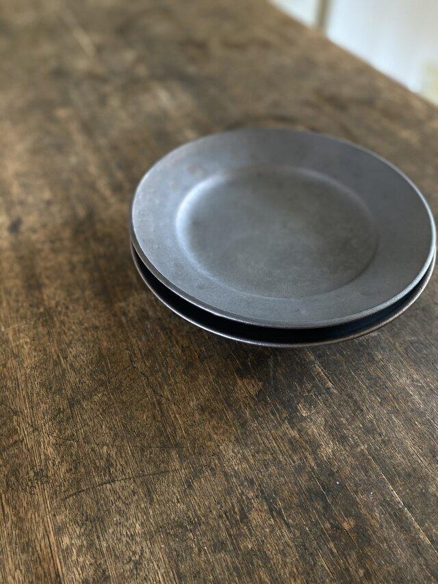 鉄釉リム皿+の画像1枚目