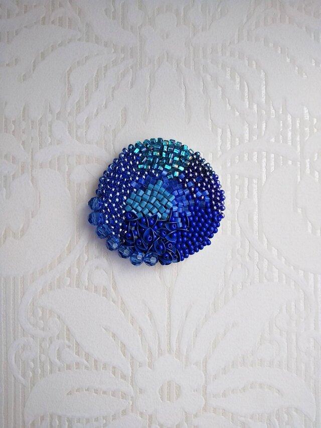 受注製作 刺繍ブローチ 海の画像1枚目