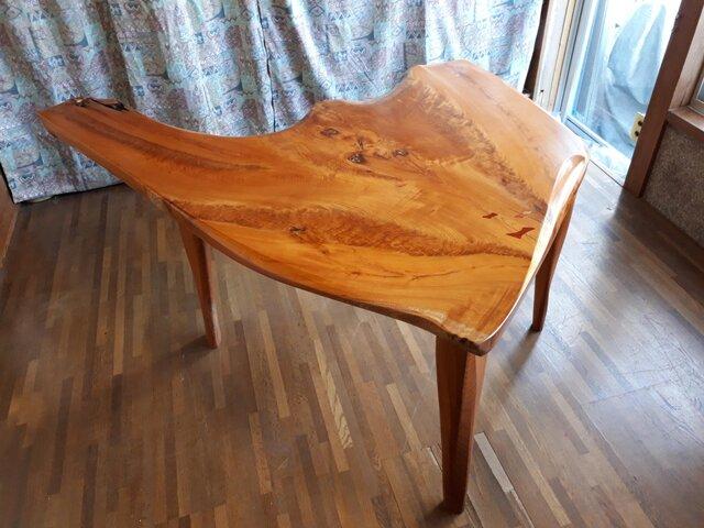 ケヤキのテーブルの画像1枚目