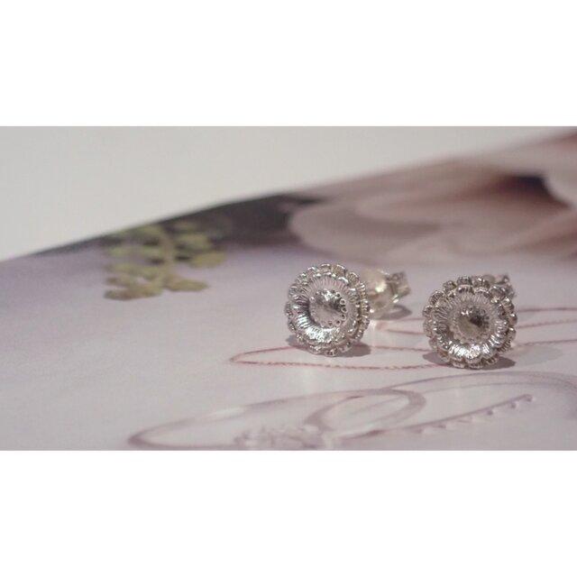 Gerbera Silver Studs Earringsの画像1枚目