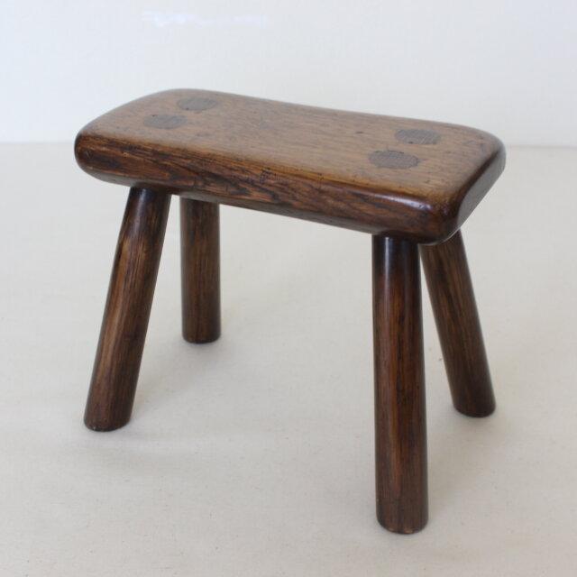 カントリースタイルの素朴な豆スツール NO.1964の画像1枚目