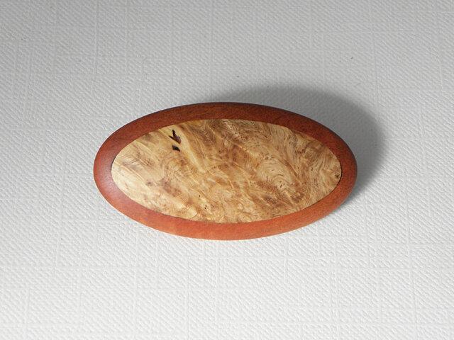 ブローチ -カリン・ピンクアイボリー楕円大-の画像1枚目