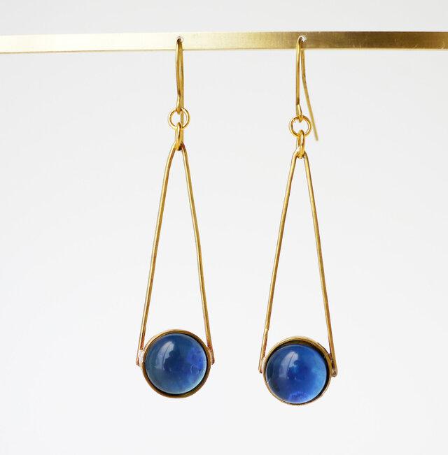 ブルー系ガラスのピアス(イヤリング)の画像1枚目