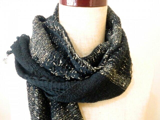 《手織り》コットン ブラックと銀ラメのおしゃれマフラーの画像1枚目