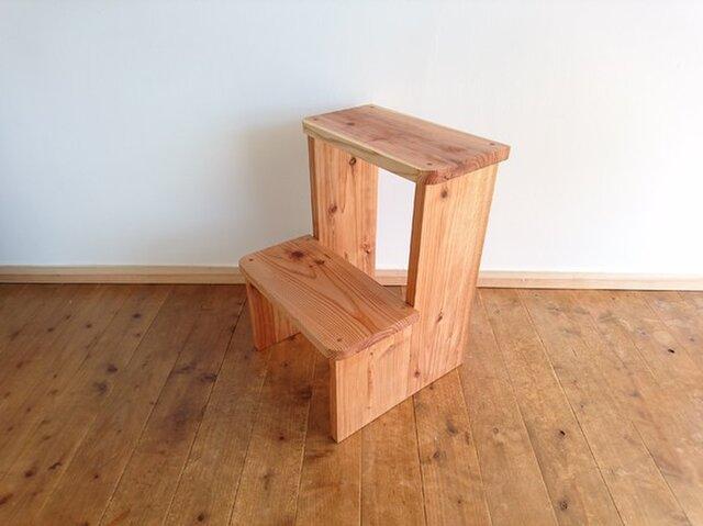 杉 ベーシックな踏み台 天然無垢材使用 お気に入りの小物を置いてインテリアとしてもの画像1枚目