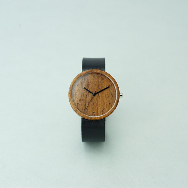 Walnut (size L)× Black (Organic Swedish Leather)の画像1枚目