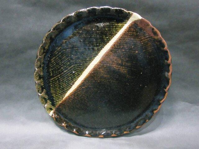 まる皿(天目とアメ)の画像1枚目