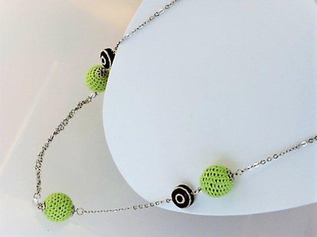 新緑・薄のニットボールと渦巻2・水晶のロングネックレス・銀♪の画像1枚目