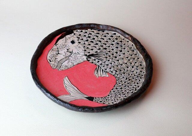 大きな黒い魚の皿/ 瀬戸黒/ 色絵付け/ かわいい器 / 現代陶芸 /  愉しい食器 / 陶芸家つくる愉しい器の画像1枚目